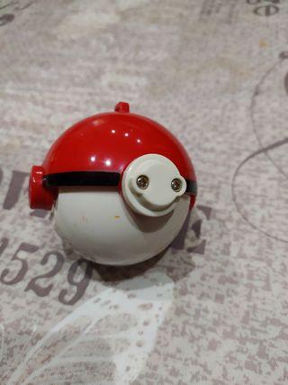 pokeball de juguete