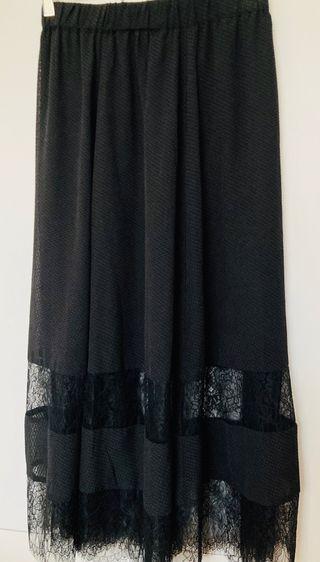 Falda negra midi t38.