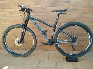 Bicicleta de montaña MMR modelo Kendo 27'5 pulgada
