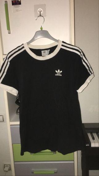 Camiseta Adidas negra original