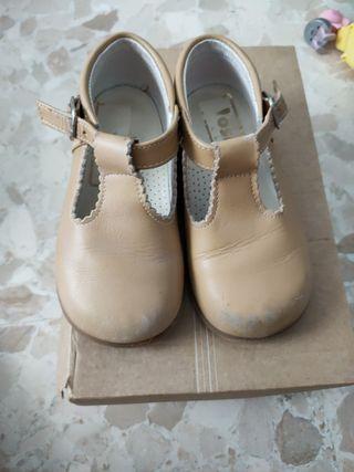 zapatos niño 23