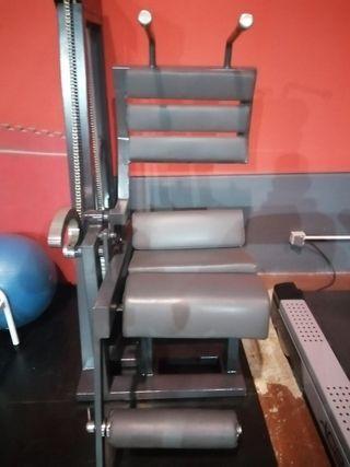 Máquina gimnasio abdominales