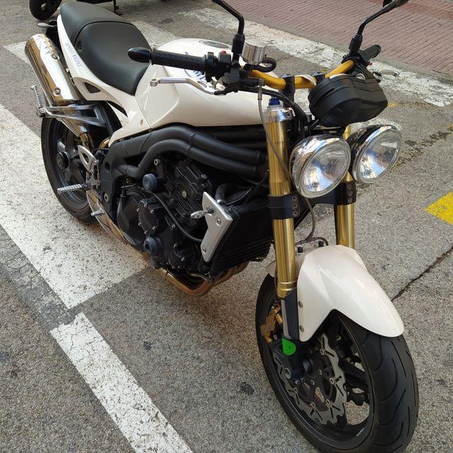 Triumph speed triple 1050cc 130cv 24.000km 2007