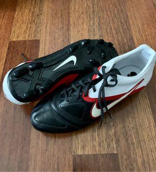 Botas fútbol Nike CTR360 T.45,5