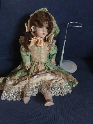 Muñeca porcelana de colección