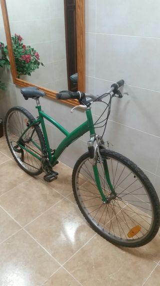 bicicleta de paseo en buen estado.