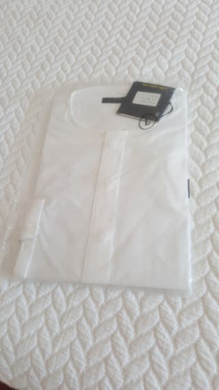 Bonita camisa de Y.TWO