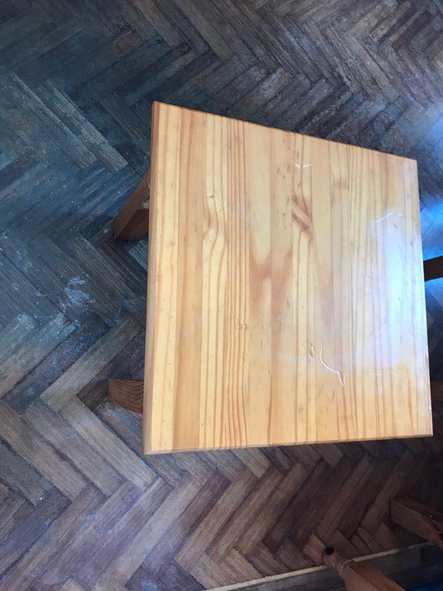 Mesita madera