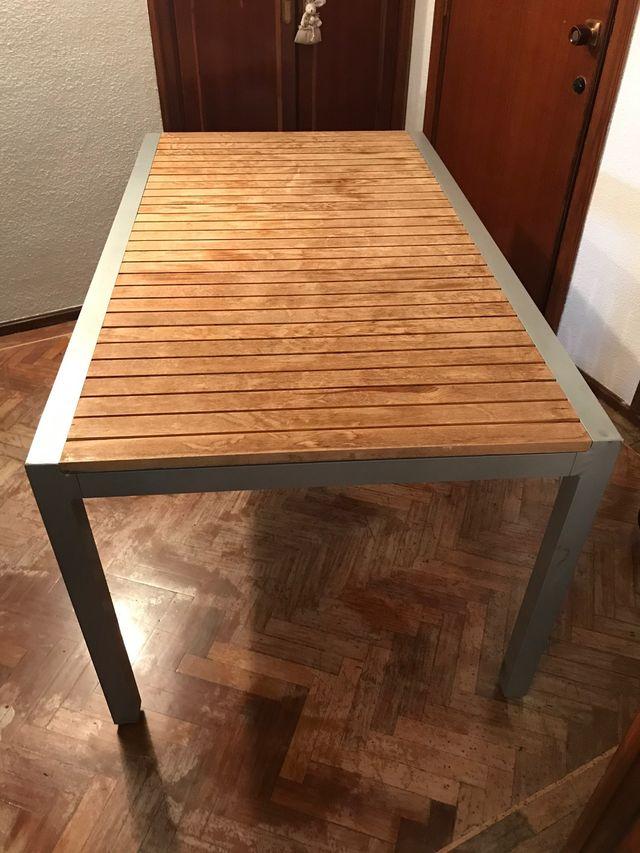 Mesa jardín o salón