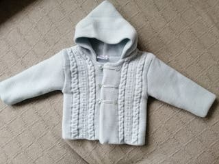 abrigo con gorro celeste bebé 3 meses