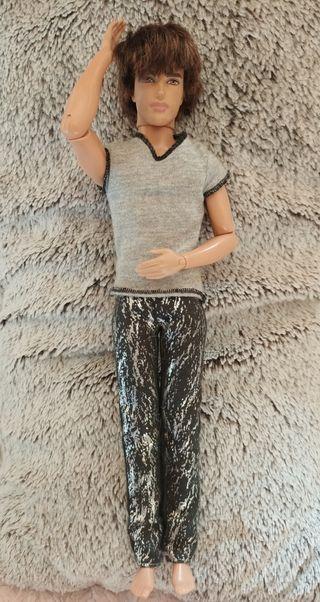 Muñeco Ken