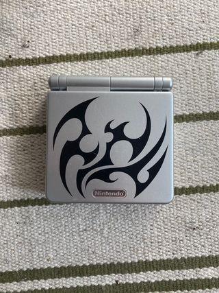 Gameboy Advance SP tribal