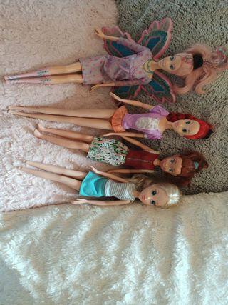 Lote de muñecas