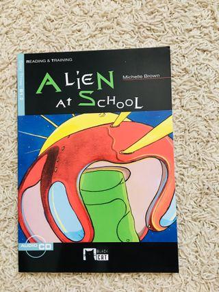 Libro inglés B1.2 Alien at School