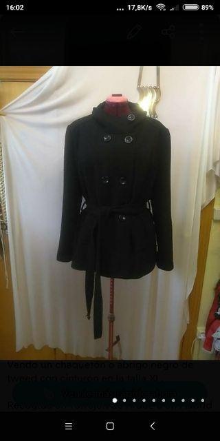 Trenca negra de tweed Zara talla XL