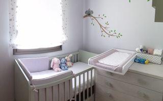 Muebles de habitación bebé Maxicuna y Cómoda