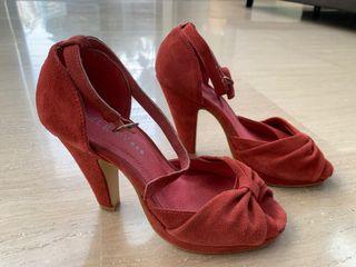 Zapatos de piel color frambuesa coral talla 35