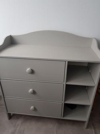 comoda / cambiador ikea gris