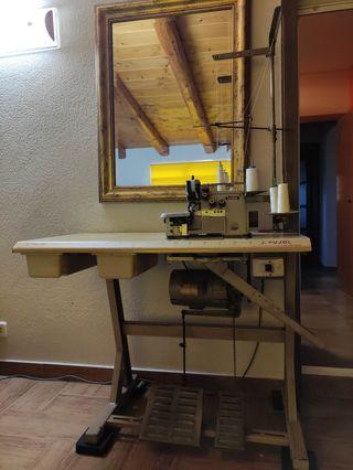 Maquina de coser Overlock (Brother)