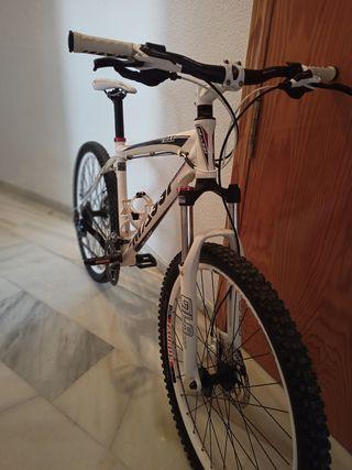 Bicicleta de montaña massi