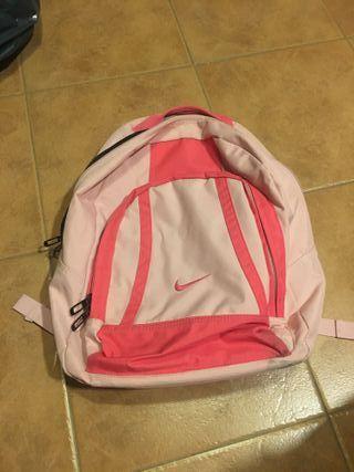 Mochila Nike rosa