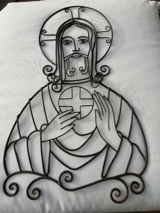 Silueta de Cristo en hierro forjado