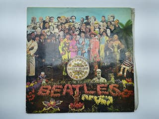 LP THE BEATLES SGT PEPPER'S LONELY HEARTS CLUB 196