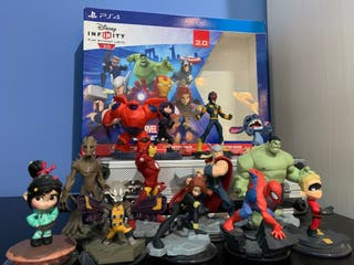 Disney Infinity PS4 con figuras