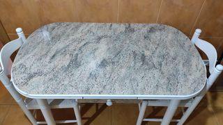 Mesa cocina extensible con dos sillas