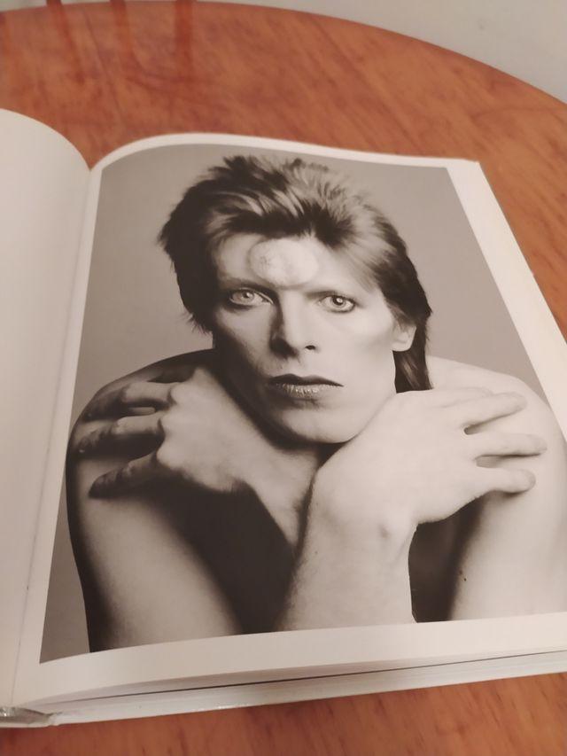 David Bowie, vida y discografía.