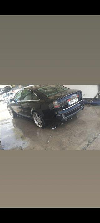 Audi S6 2001
