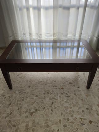 Mesa de centro de madera maciza con cajón