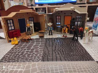 Oficina del sheriff y bank Playmobil.