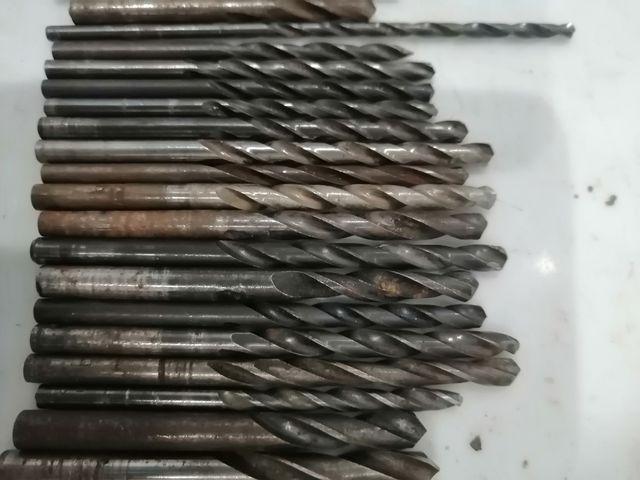 lote 60 brocas metal