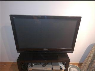 TV PLASMA PANASONIC + MUEBLE