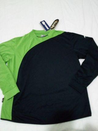 camiseta nueva astore Xl