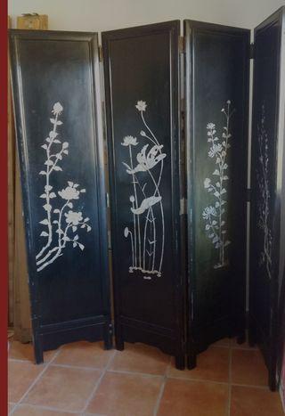 Biombo japonés con madre perla incrustada