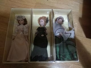 Lote tres muñecas porcelana