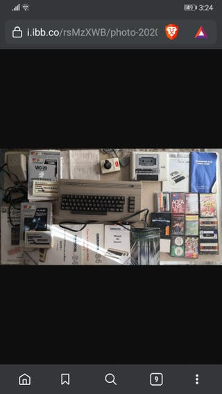 Commodore 64 + joystick + Datacassette