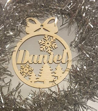 Laser cutting PERSONALISED Baubles for Christmas t