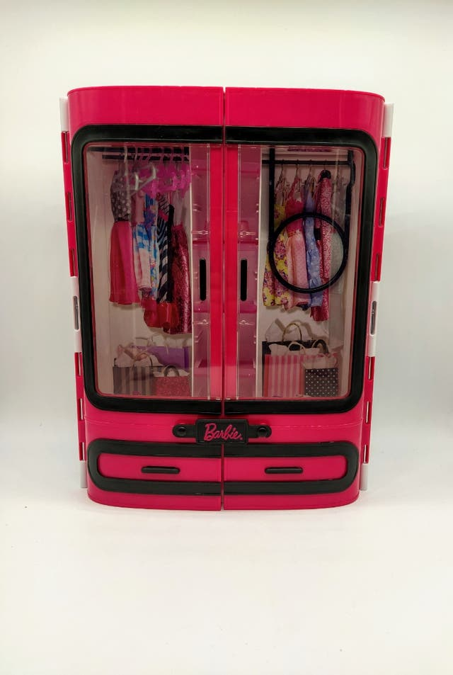 Barbie armario Fashionista DMT58