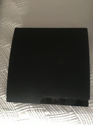 Playstation 3 + 2 mandos