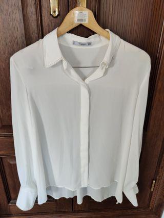 Blusa blanca de Mango sin estrenar