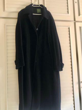 Abrigo negro mujer Roberto Verino