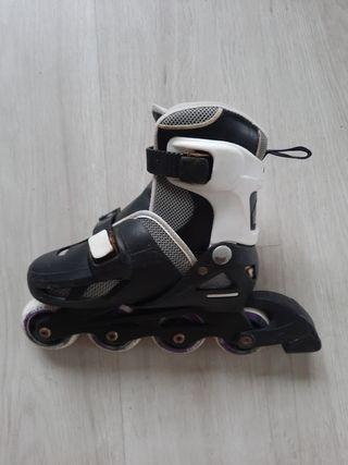 Par de patines en línea infantiles