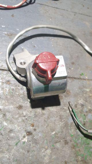 Honda Z50R Interruptor mando freno.