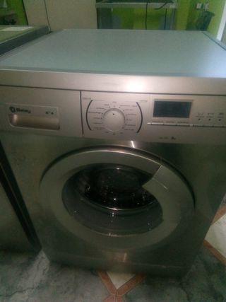 Lavadora Balay 8kg. Plata