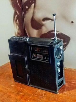 Radio Vintage 1970 Aiwa Model TPR-501