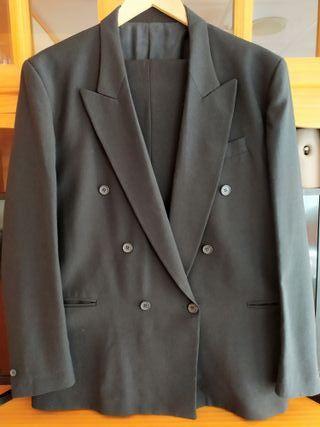 traje negro cruzado L-XL talla 52