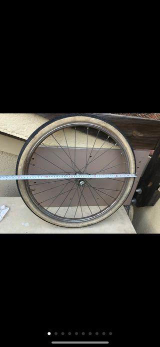 Rueda antigua bh bicicleta vintage retro